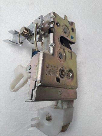 Fechadura Porta Dianteira Escort/Verona 4 Portas (1993/1996) - Mecânica