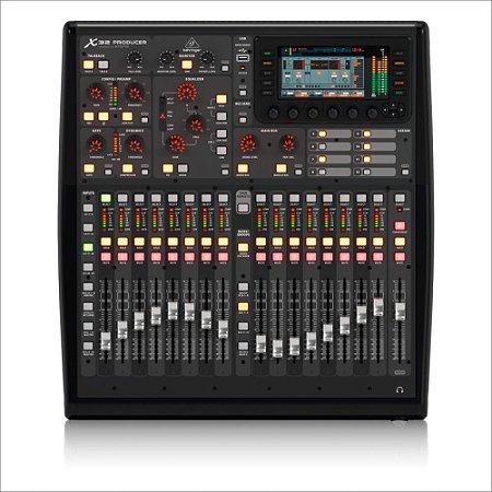 Mesa de Som digital X32 PRODUCER TP 32 Canais com Case