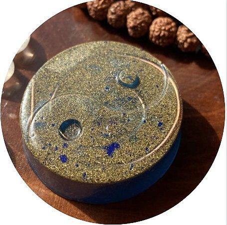 Orgonite Pessoal yin-yang- com cristal de quartzo