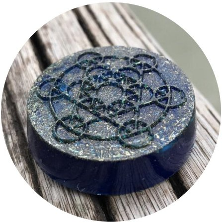 Orgonite pessoal cubo de Metatron - com cristal de quartzo