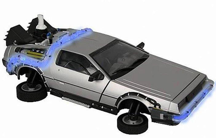 Delorean - Back To The Future 2 - Esc 1/15 - Diamond Select