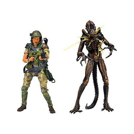 Private William Hudson Vs Xenomorph Warrior - 2 Pack - Aliens - Neca