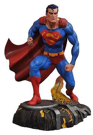 Superman - DC Comic Gallery - PVC Diorama - Diamond Select