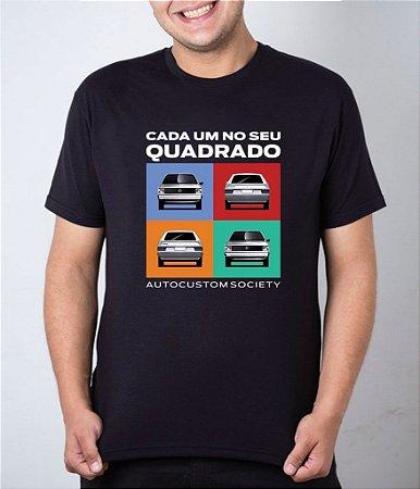 Camiseta preta Cada Um No Seu Quadrado