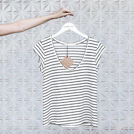 Camiseta Tricot Linho V P&B