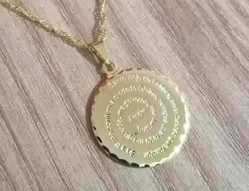 Gargantilha Colar Oração Anjo Da Guarda Folheada A Ouro 18k.
