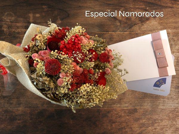 Especial Namorados Voucher Shiatsu 30' + Relaxante 30' com Bouquet de Flores