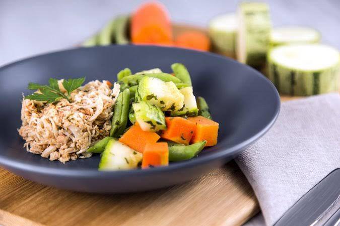 Frango desfiado e mix de legumes - 250g