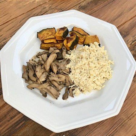 Shimeji grelhado, risoto de arroz de palmito com gorgonzola e abóboras rústicas assadas - 300g