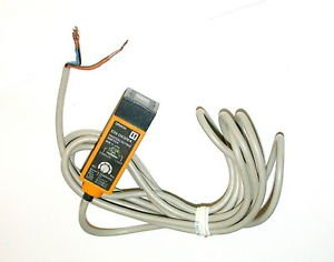 sensor difuso retangular 18mm, horizontal, NPN NF cabo  E3S-DS30E4  E3S-DS30E4