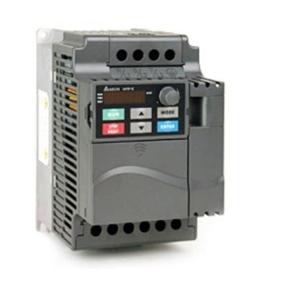 Inversor de Frequência 7,5CV (5,5KW) - Modelo E - 220 Volts - Trifásico - Driver Padrão - Transistor de Frenagem Incorporado - utilizado para variação de velocidade motores elétricos. DELTA VFD055E23A