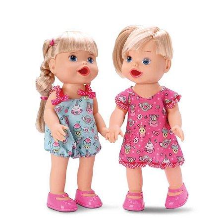 Boneca Bebê Gêmeas Loira Faz Caquinha Com Acessórios
