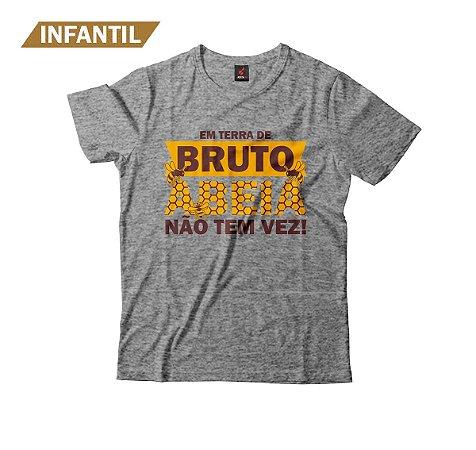 Camiseta Infantil Eloko Em Terra de Bruto, Abeia Não Tem Vez