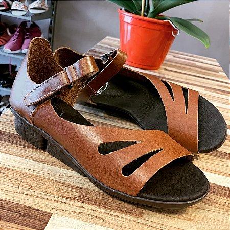 Sandália em Couro Saltinho 3 cm