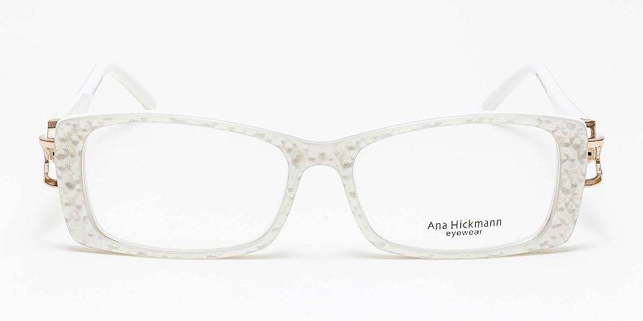 8281bcae81a6e Óculos Ana Hickmann Acetato Branco Retangular Ref  AH6247 Tamanho 53 ...