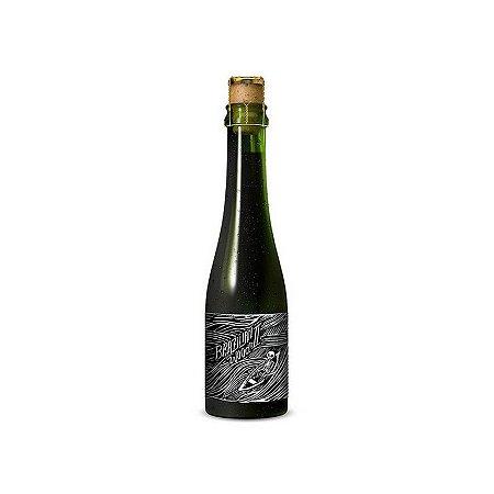 Cerveja Treze & Dum Brazilian Wood II Wheat Wine Wood Aged - 375ml