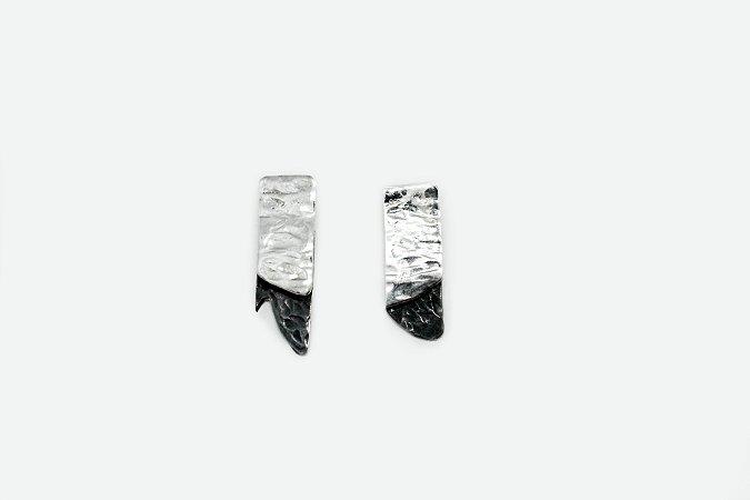 Brinco Cracked - Prata 950 e Prata 950 Oxidada