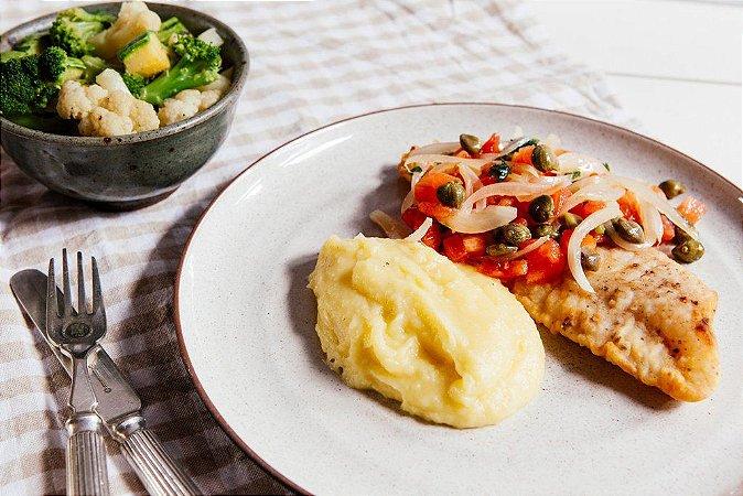 Pescada com Alcaparras + Purê de Batata + Legumes 450g | Porção Individual |Produto congelado e acondicionado a vácuo