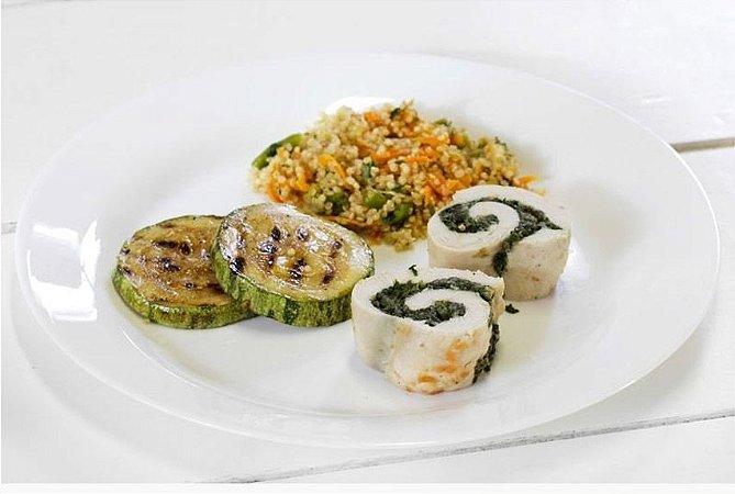 Filé de Peito de Frango com Espinafre + Abobrinha Refogada + Quinoa com Legumes 300g | Porção Individual | Produto acondicionado a vácuo