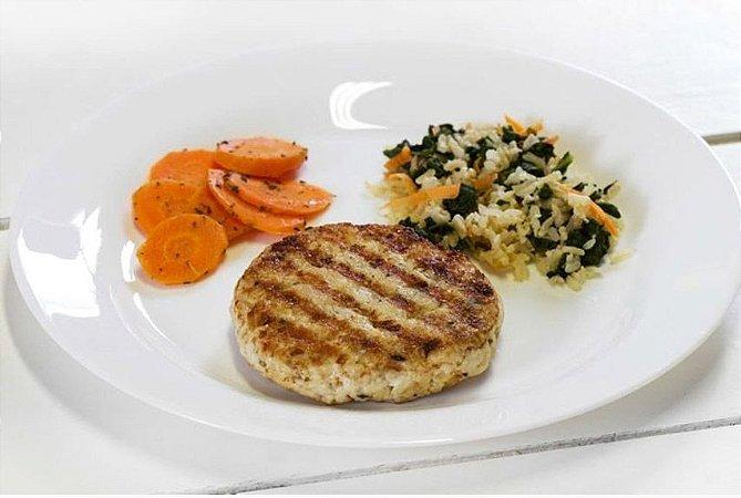 Hambúrguer de Peixe + Cenoura Salteada + Arroz Integral com Espinafre 300g | Porção Individual | Produto acondicionado a vácuo