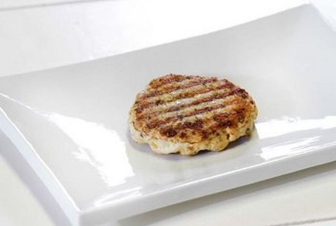 Hambúrguer de Peixe 150g | Porção Individual | Produto acondicionado a vácuo