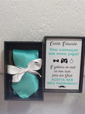 Caixa Convite de Padrinho com Gravata