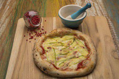 Pizza Abobrinha com pimenta rosa