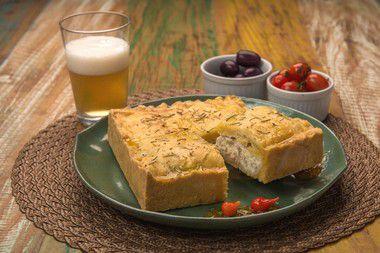 Torta de Linguiça e Ricota Artesanais