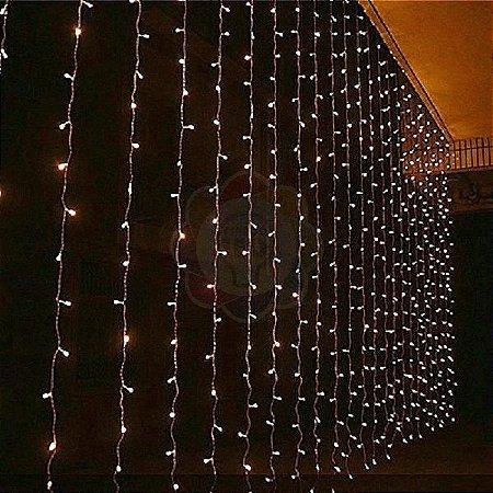 Cortina de LED 3x2m com 300 Leds Branca Quente 220v