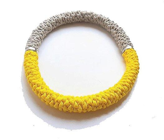 Colar Conexões amarelo