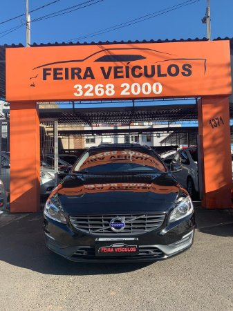 VOLVO V60 2018 COM: TOP DE LINHA, COMPLETA DE TUDO, 2.0 TURBO, TETO SOLAR, UNICO DONO, 29MKM, IPVA 2020 PAGO.