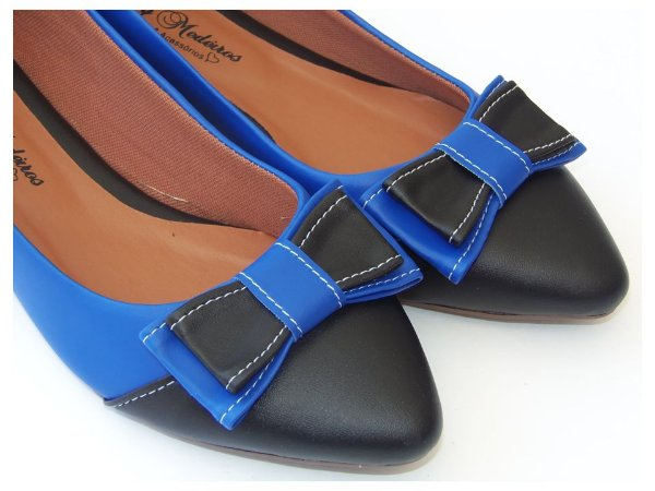 Sapatilha Azul Com Preto Laço Bico Fino