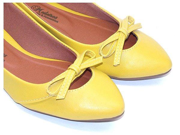 Sapatilha Amarela Vazada Com Lacinho Bico Fino