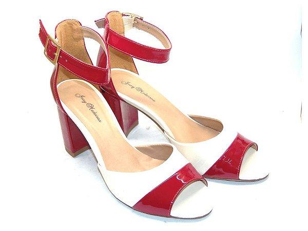 Sandália Branca com Vermelho em Verniz Salto Grosso