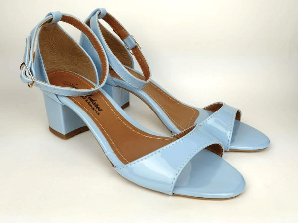 Sandália Azul Bebê em Verniz Salto 5 cm