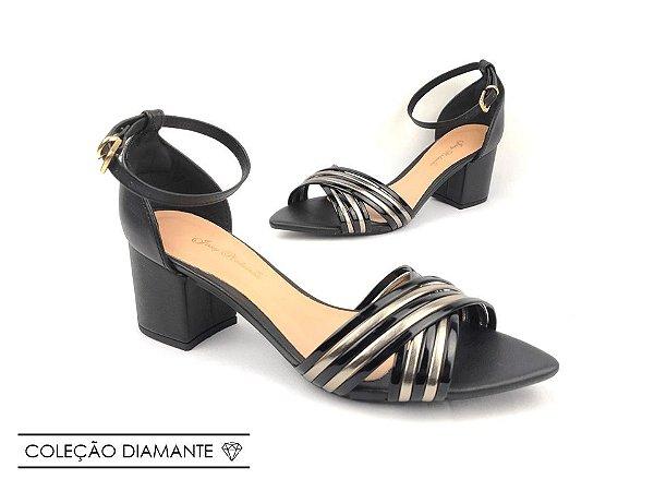 Sandália Preta com Tiras Verniz Pewter Salto Bloco Médio Bico Folha 6 cm
