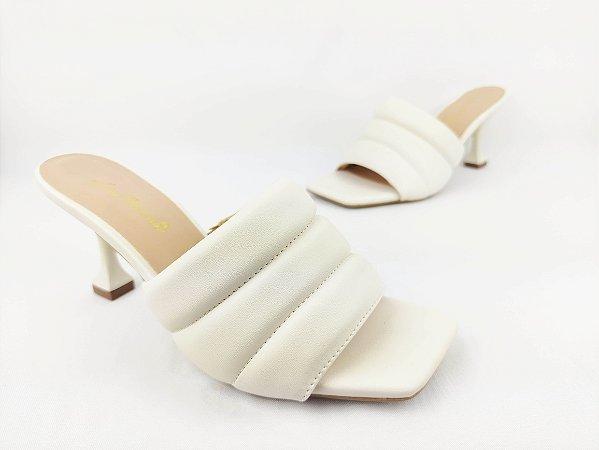 Tamanco Acolchoado Branco Salto Taça 7 cm