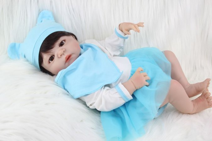 Bebê Reborn Bruno com Corpinho de Silicone 55cm
