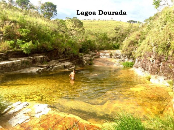 Passeio 4x4- Lagoa Dourada, Cachoeira Diquadinha e Mirante do Canyon: 3 horas de duração p/ 4 pessoas.