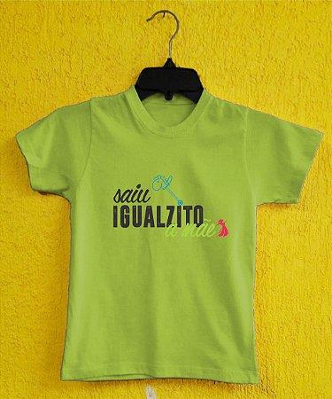 Camiseta Infantil Dia das Mães - Cavalinho de Pau Azul - Verde