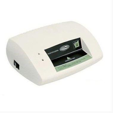 Plastificadora de documentos PLM 11 c/ 11 cm Menno