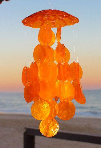 capiz chime (placuna placenta) orange 30 cm - unid