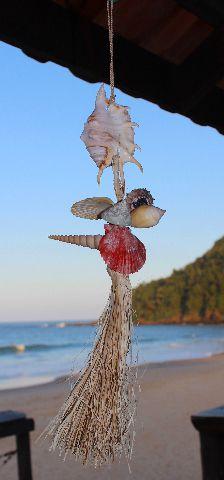 lambis lambis / shells chime w/ raffia nat - unid