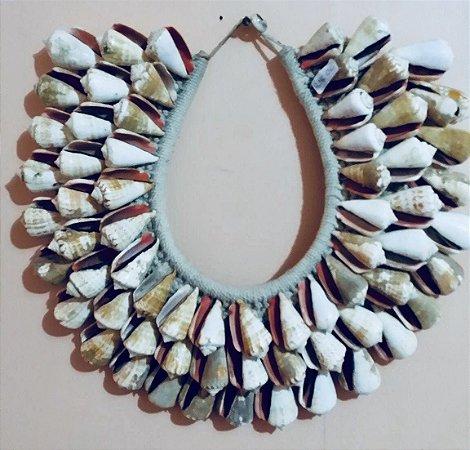necklace strombus luhuanus - unid