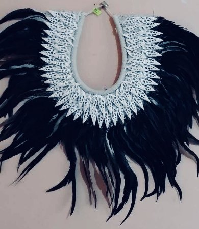 necklace mop black feather rhinoclavis vertagus cut - unid