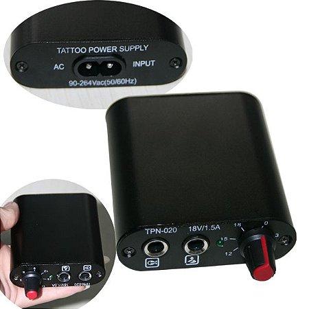 Mini Fonte Importada Plug P10 - Preta