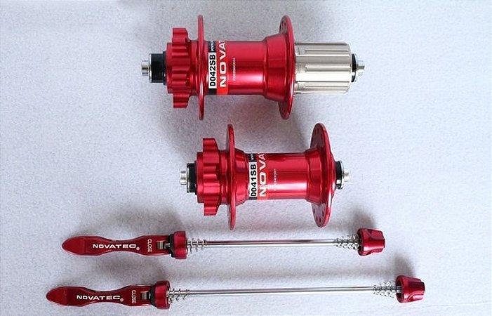 Cubo Novatec D041SB/D042SB Traseiro e Dianteiro Vermelho Rolamento Selado 36 Furos