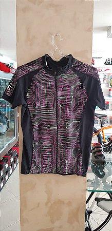 Camisa Feminina LIVRE EXPRESSÃO Preta/Rosa/Verde UV + 50 - Tam. G
