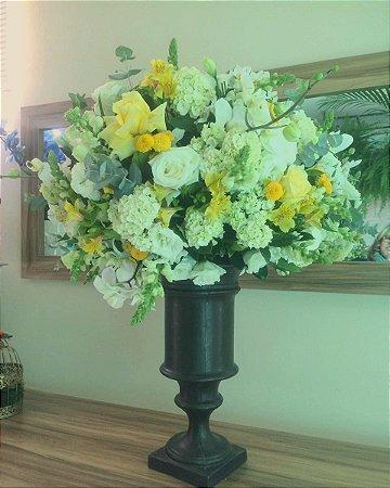 Buquê com flores Brancas modelo 2 💐