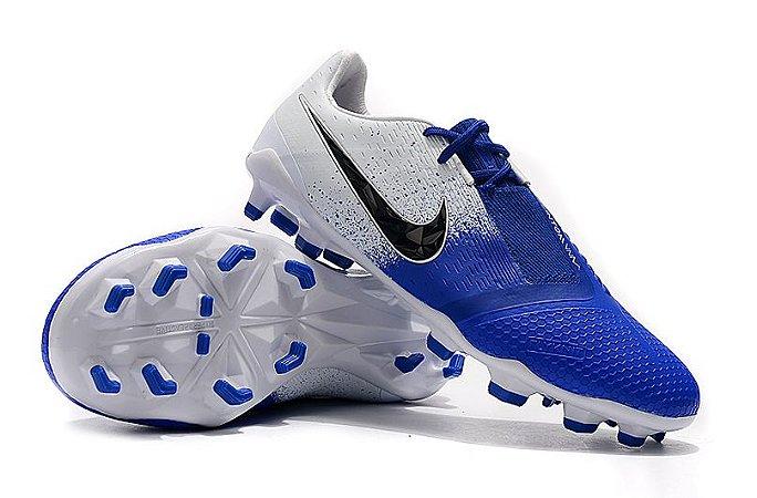 detailing 85452 70b86 Chuteira Nike Campo Phantom Venom 2019 Branca Azul e Preta